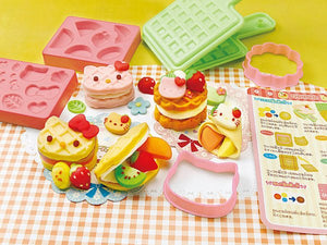 Helllo Kitty Waffle Shop Clay Kit