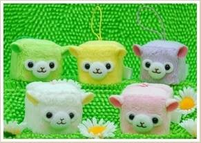 Cute Alpacasso Alpaca Cube Face Mobile Screen Cleaner!