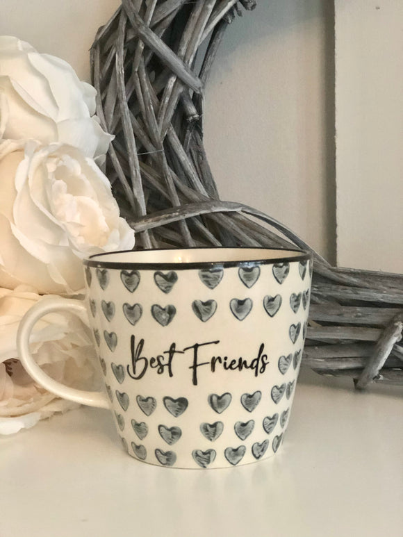 Best Friends Mug with Illustrated Hearts