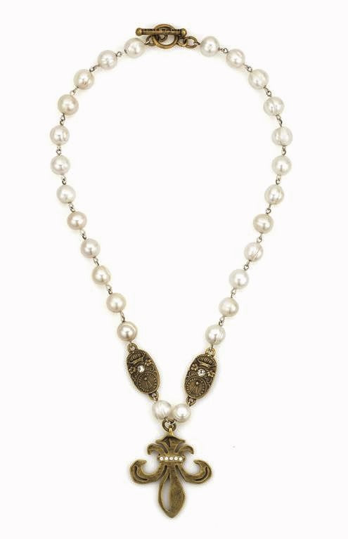 "French Kande White Pearl Grande Fleur and Curvee Medallions Necklace 18"" Gold"