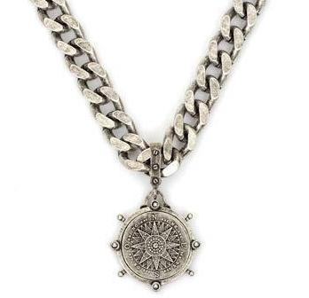 French Kande Bevel Chain with Sopad Medallion Necklace 19""