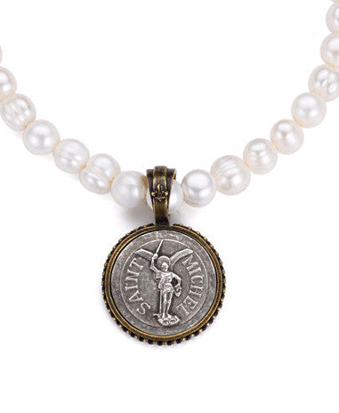 French Kande Saint Michel Medallion Pearl Necklace
