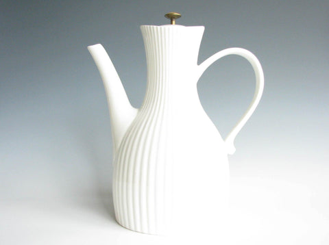 edgebrookhouse - 1950s Ernest Sohn Creations Large Ribbed Ceramic Coffee Pot with Brass Lid Knob