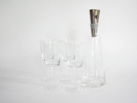 edgebrookhouse - Contemporary Fitz Floyd Lincoln Wine Glasses and Decanter Set - 5 Pieces