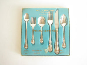 edgebrookhouse - Vintage 1958 Wm A Rogers Oneida Chalice / Harmony Silverplate Children's Progress Flatware Set - 6 Pieces