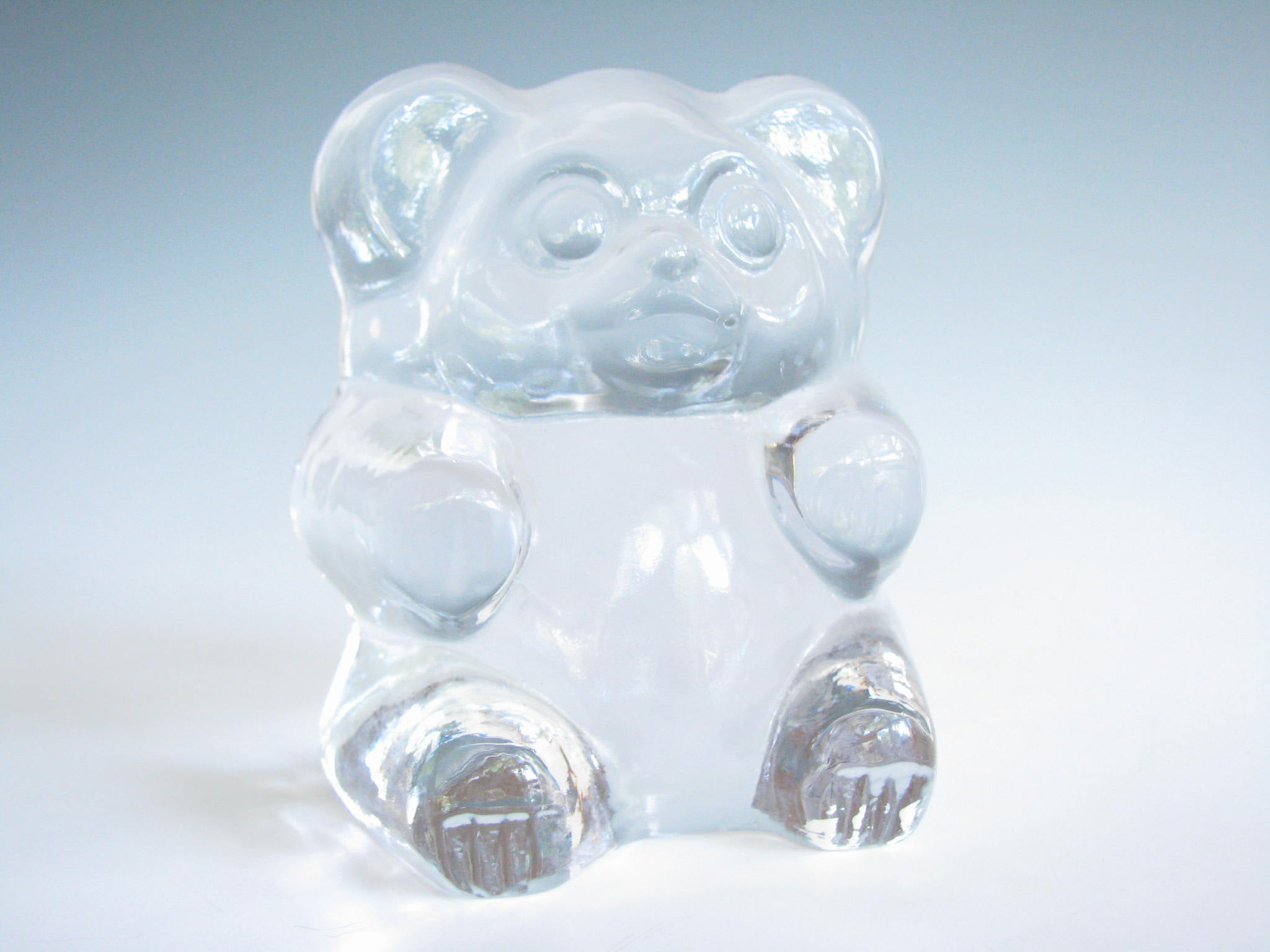 edgebrookhouse - Vintage Gummy Bear Art Glass Figurine Imperial by Lenox