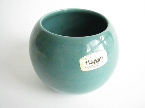 edgebrookhouse - Vintage Haeger Pottery Green Orb Round Planter