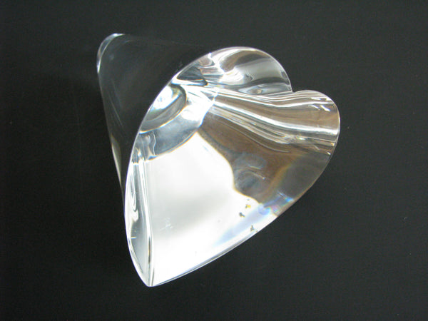 edgebrookhouse - Vintage Steuben Glass 3-D Crystal Heart Paperweight