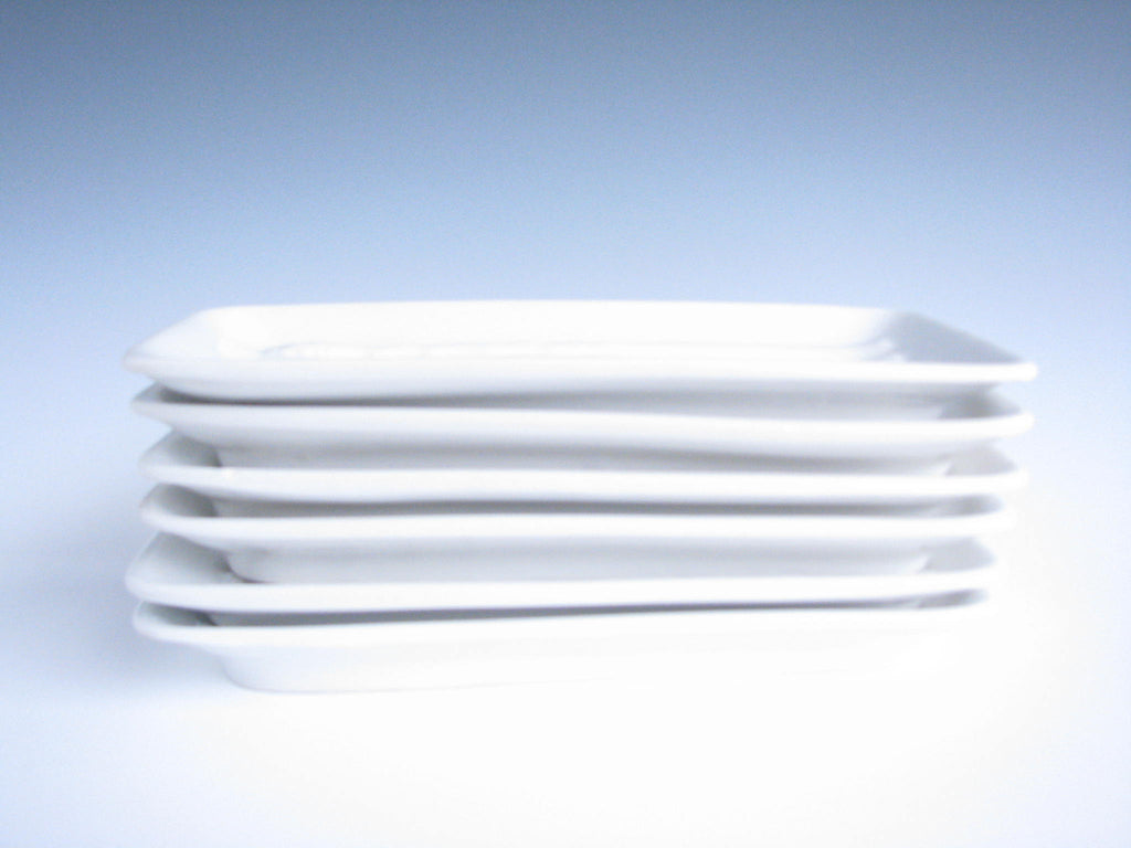 made in Italy data-mtsrclang=en-US href=# onclick=return false; show original title 60er Jahre Porzellan White Vintage 60er years weiss Made in Italy- e Porcelain Details about  /2x Plates for asparagus