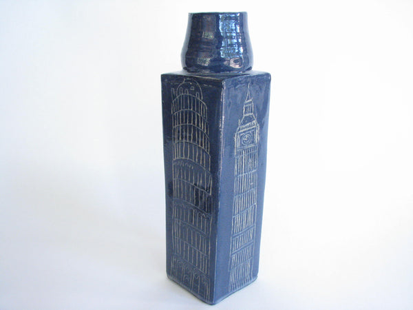 edgebrookhouse - Vintage Rustic Art Pottery Vase with Prominent Skyscrapers, Big Ben, Pisa Signed