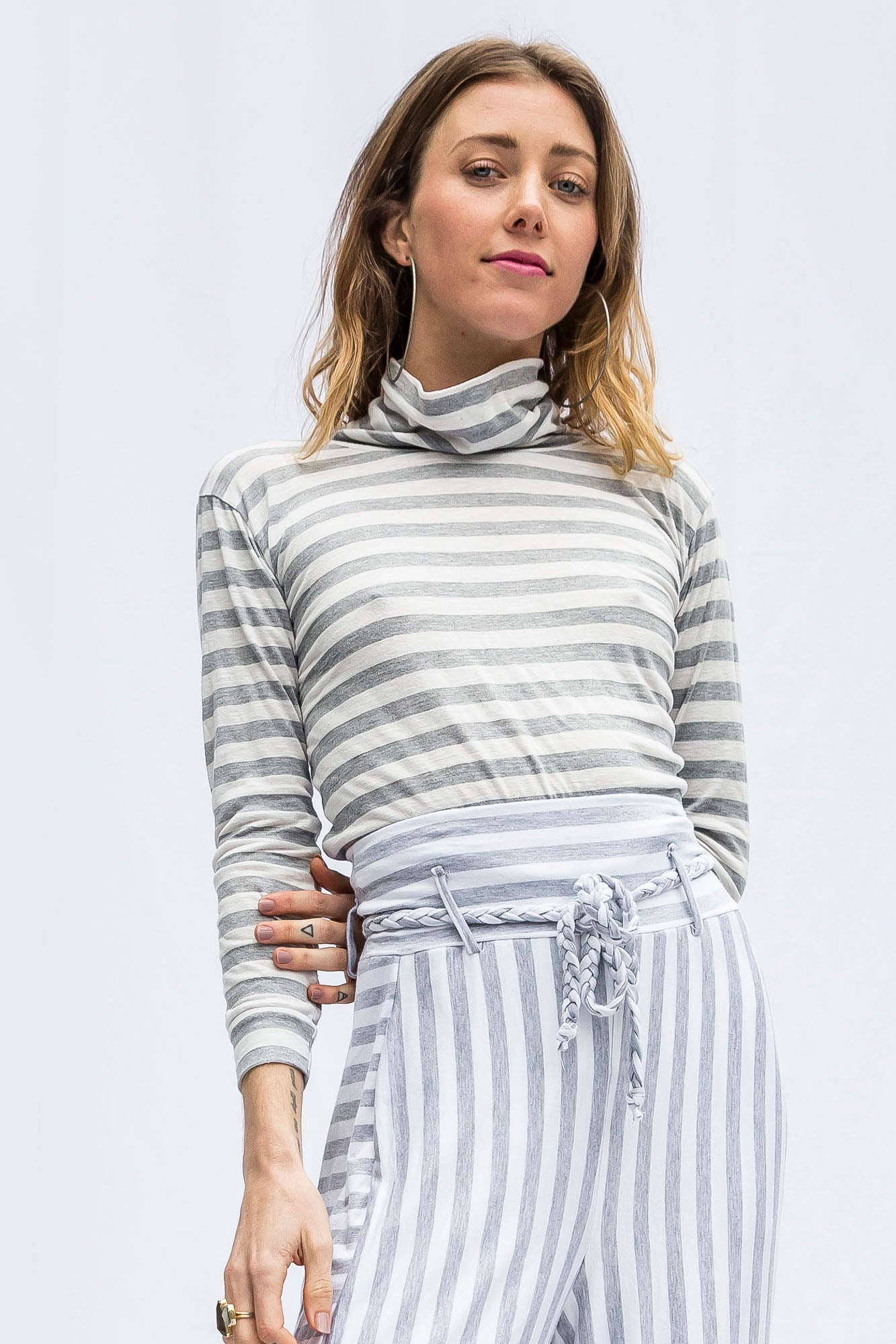 Tonya White Stripe