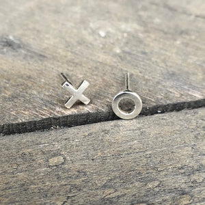 XO Silver Mismatched Earring Studs