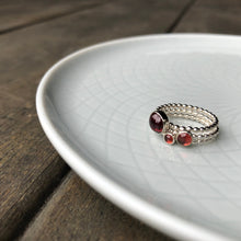 Load image into Gallery viewer, 4mm Garnet Silver Ring
