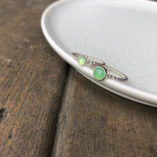 Load image into Gallery viewer, 6mm Chrysoprase Silver Ring