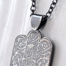 Load image into Gallery viewer, Silver Hamsa Pendant