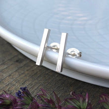 Load image into Gallery viewer, Minimalist Square Bar Post Earrings