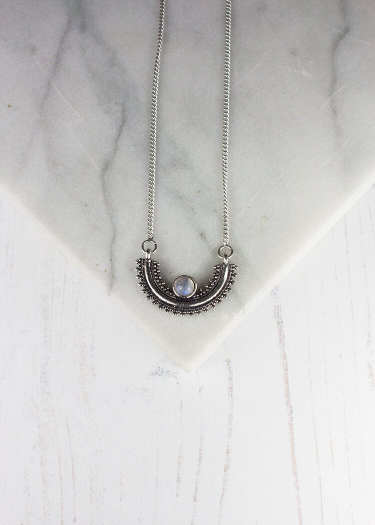 Silver necklace semi circle | Moonstone