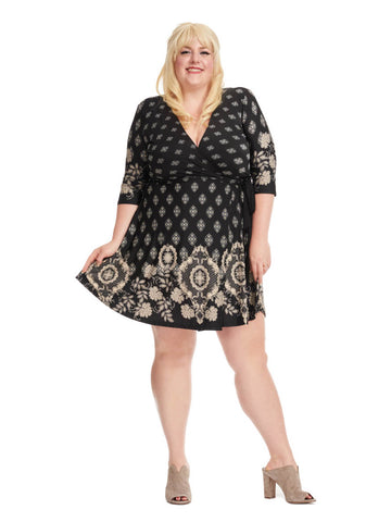 3/4 Sleeve V-Neck Dress In Black Print