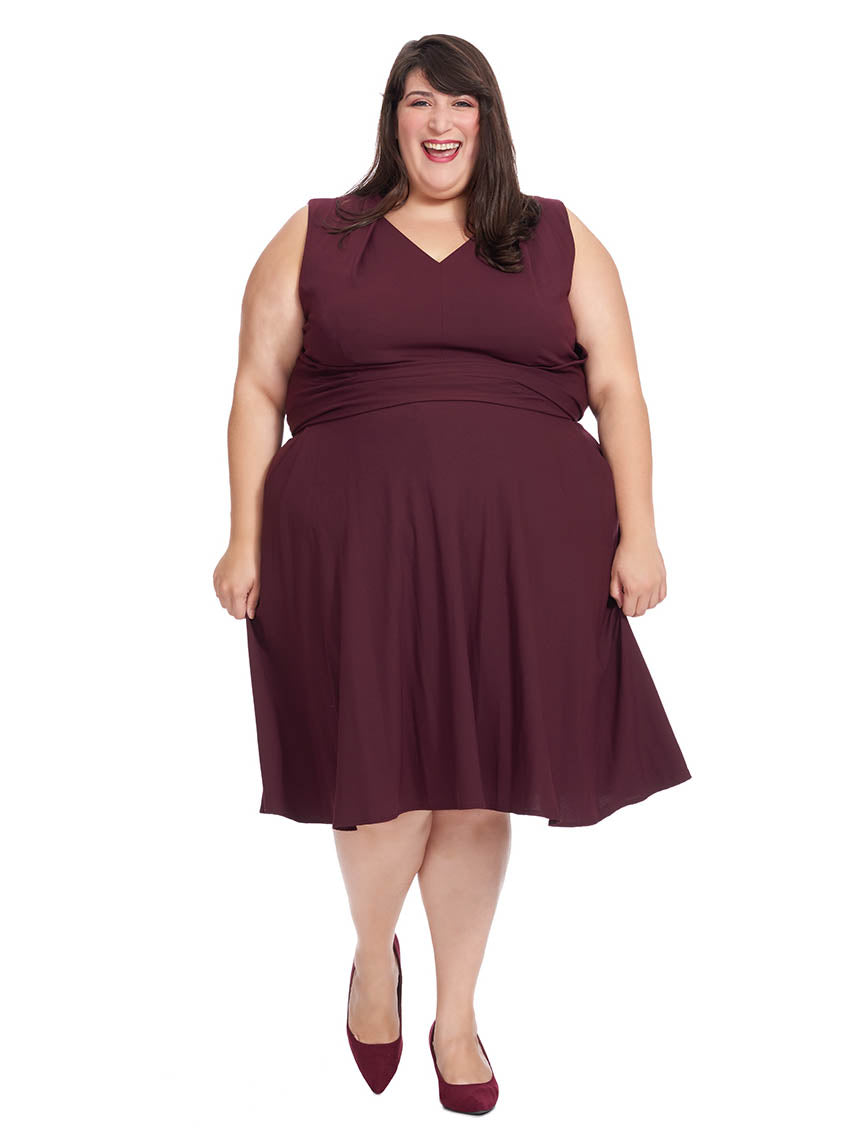 Fit & Flare Belted Dress In Maroon