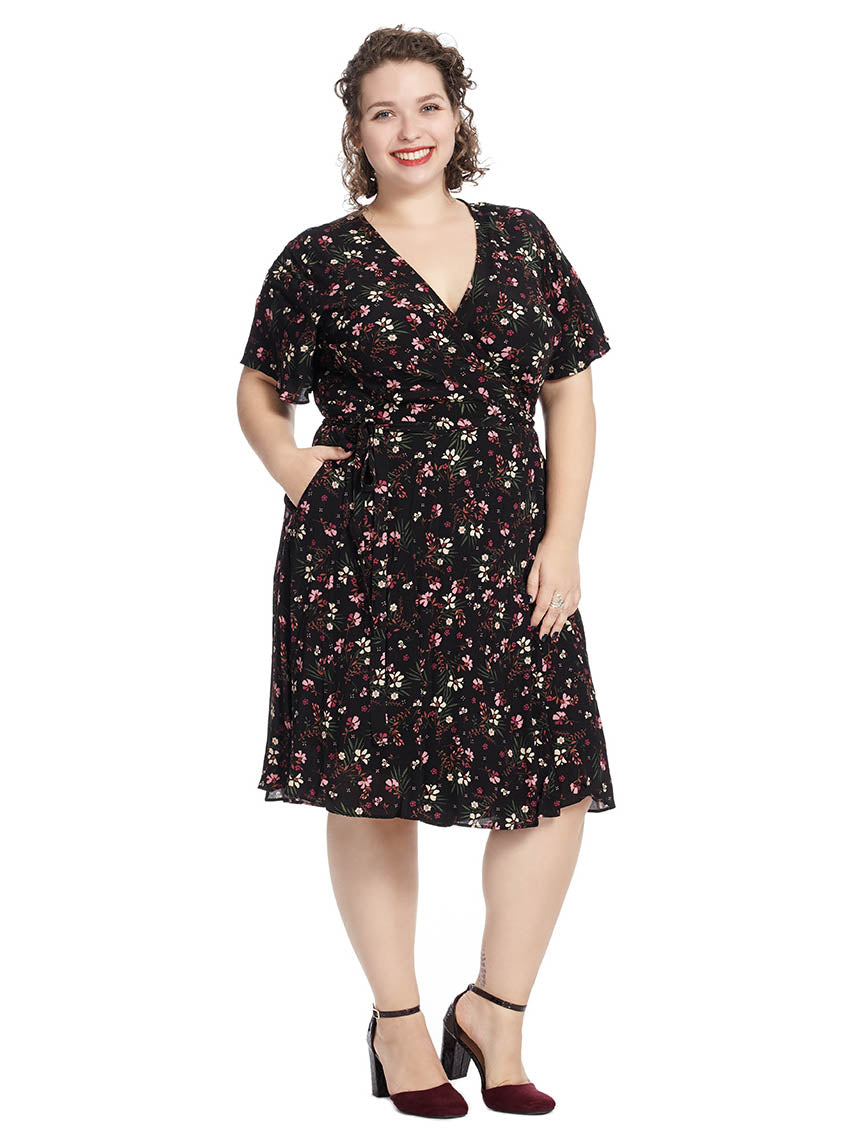 a662e130fea Pretty Floral Wrap Dress | City Chic | Gwynnie Bee Rental Subscription