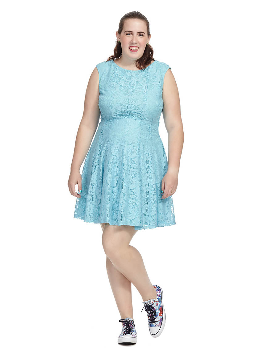 Blue aqua lace dress recommend to wear in autumn in 2019