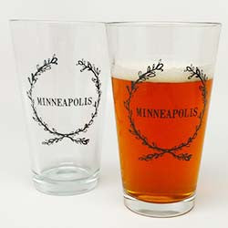 Minneapolis pint glass - black