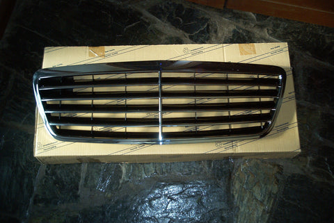 Grille to suit Mercedes Benz W210 1995-2002