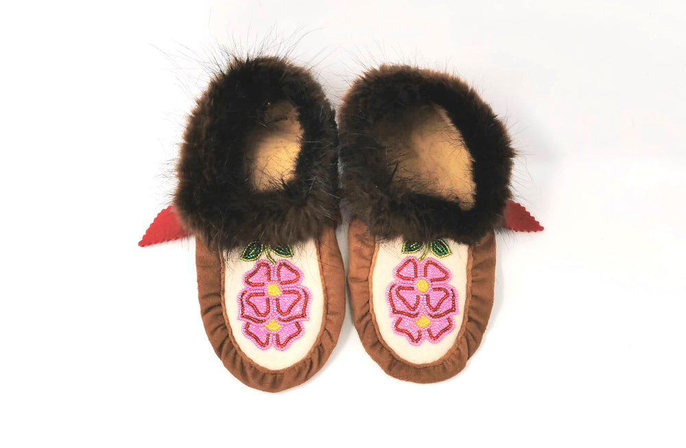 Children's Caribou Hide Slippers with Beaver Trim by Florence Catholique