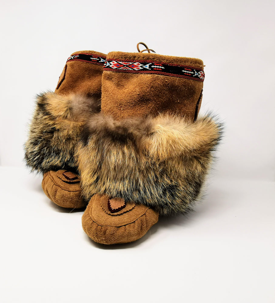 Hide Moccasins with Coyote Fur Trim by Irene Enzoe