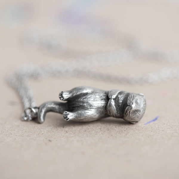 Le Friendly Otter Totem Necklace