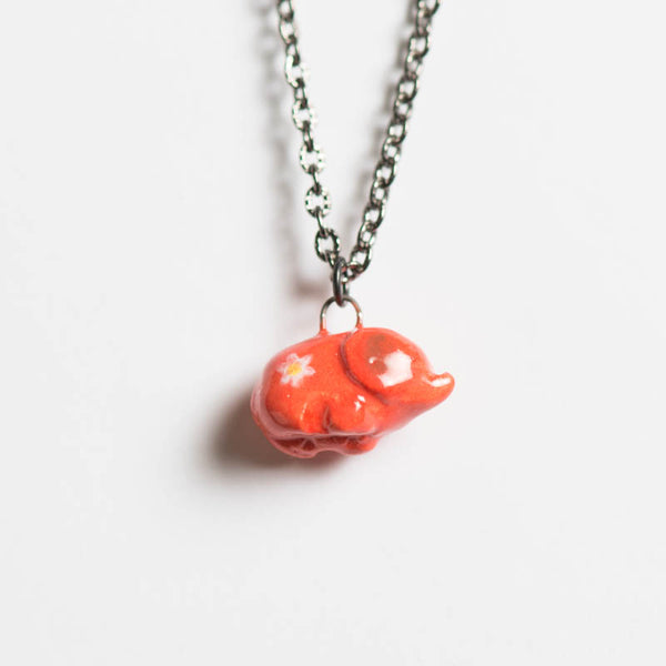 Le Daisy Elephant Necklace