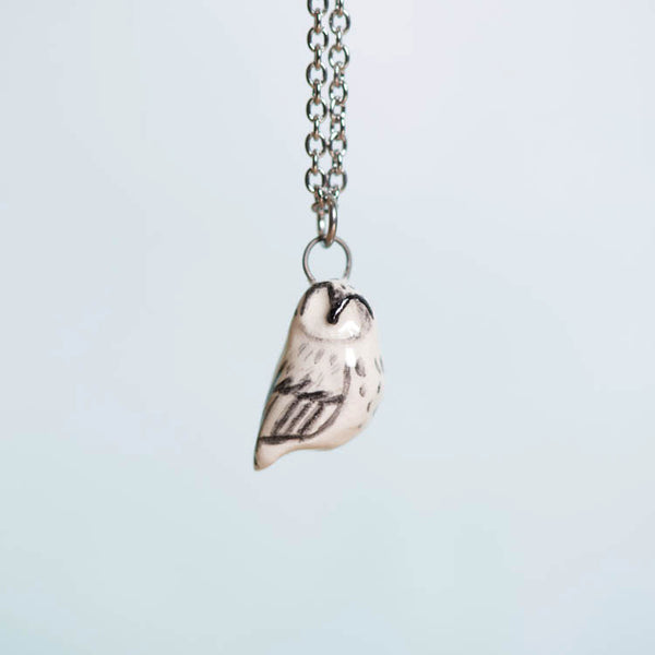 Le Winter Wonderland Owl Necklace