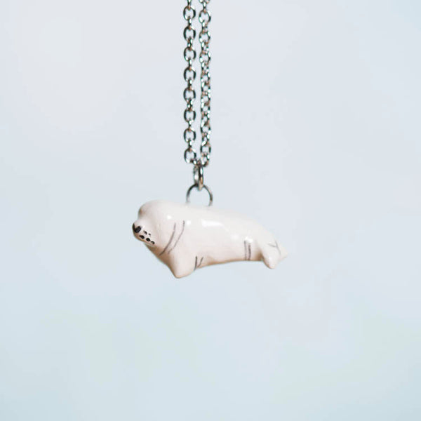 Le Winter Wonderland Seal Necklace