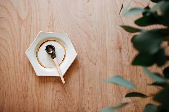 Ceramic Earth + Gold Spice Dish & Spoon