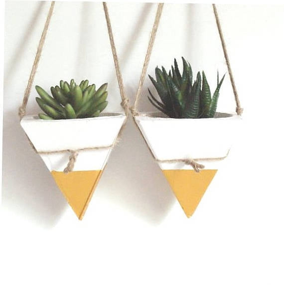 Pyramid Hanging Concrete Planter