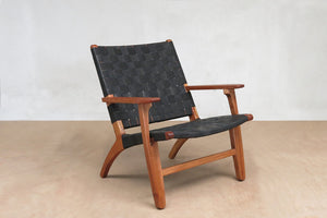 El Abuelito Black Leather Lounger