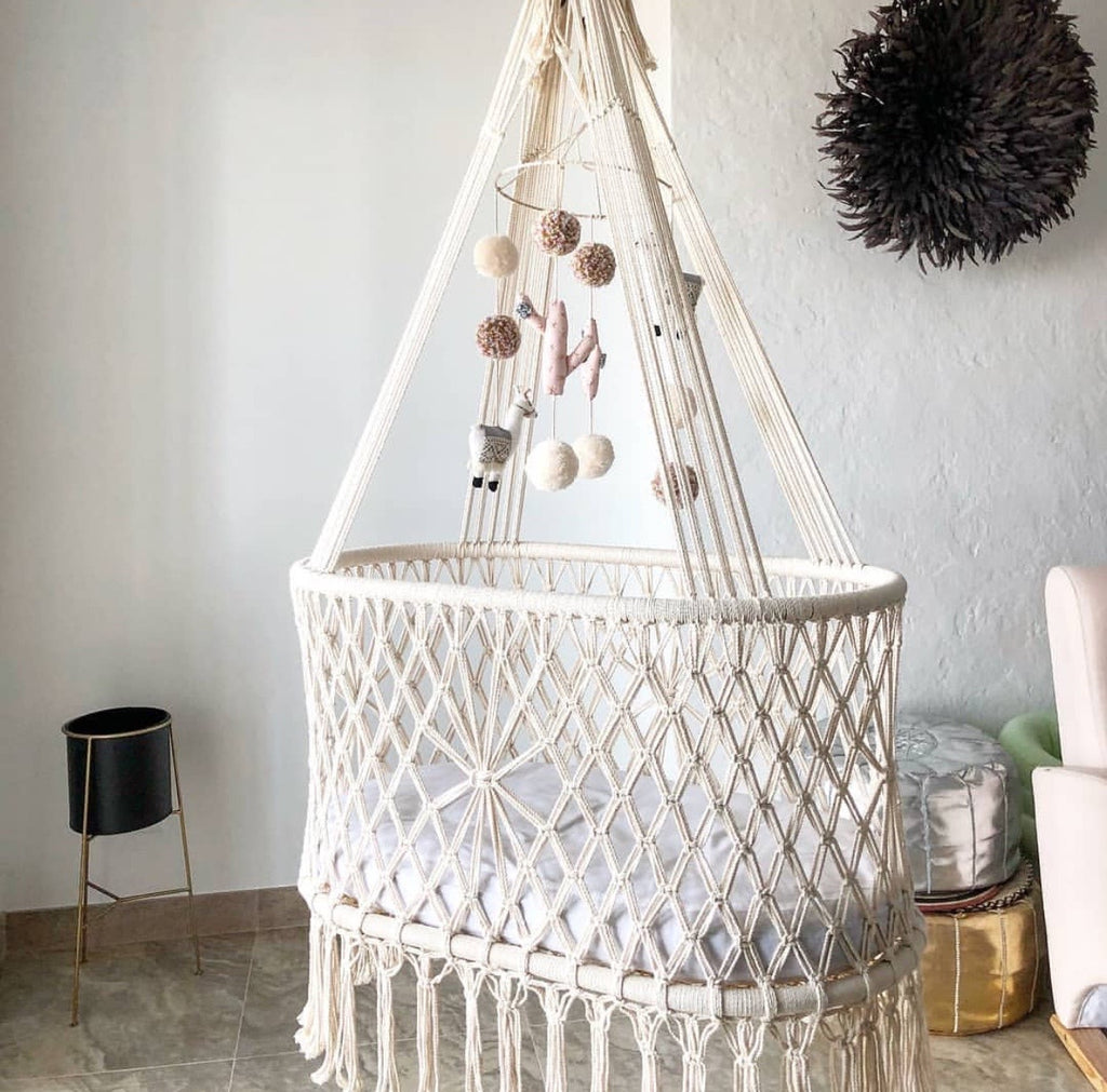 Oliver Hanging Cradle-Cream