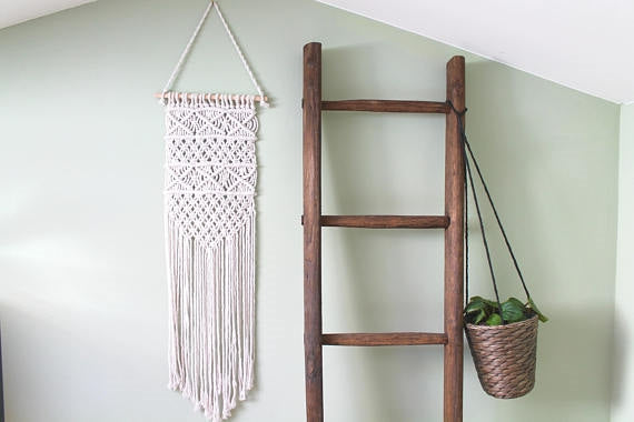 Simple Wall Hanging