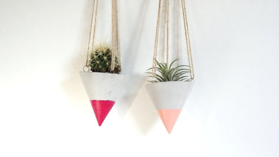 Claire Hanging Cone Planter
