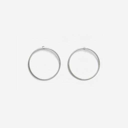 Tunique Facing Hoops Earrings