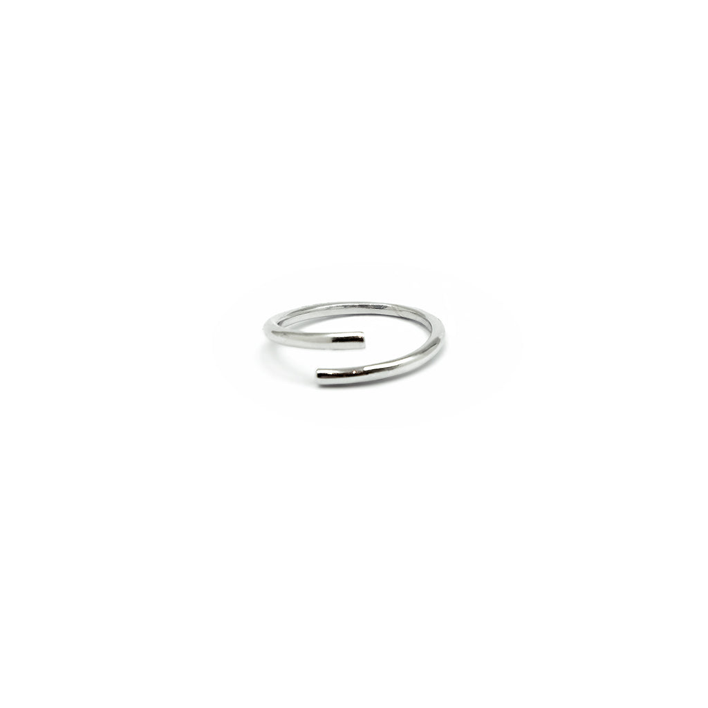 MAMETTE Silver Cross Ring