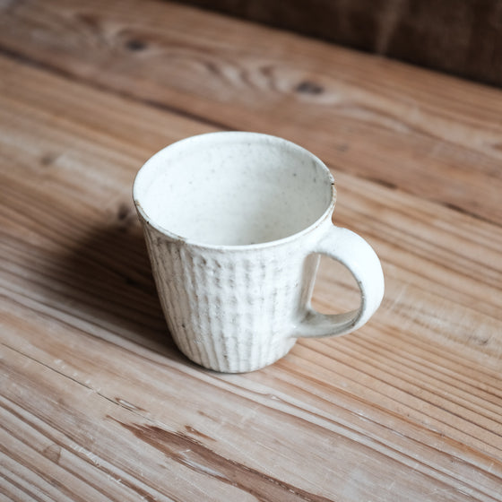 TAMBA-YAKI | White powder mug