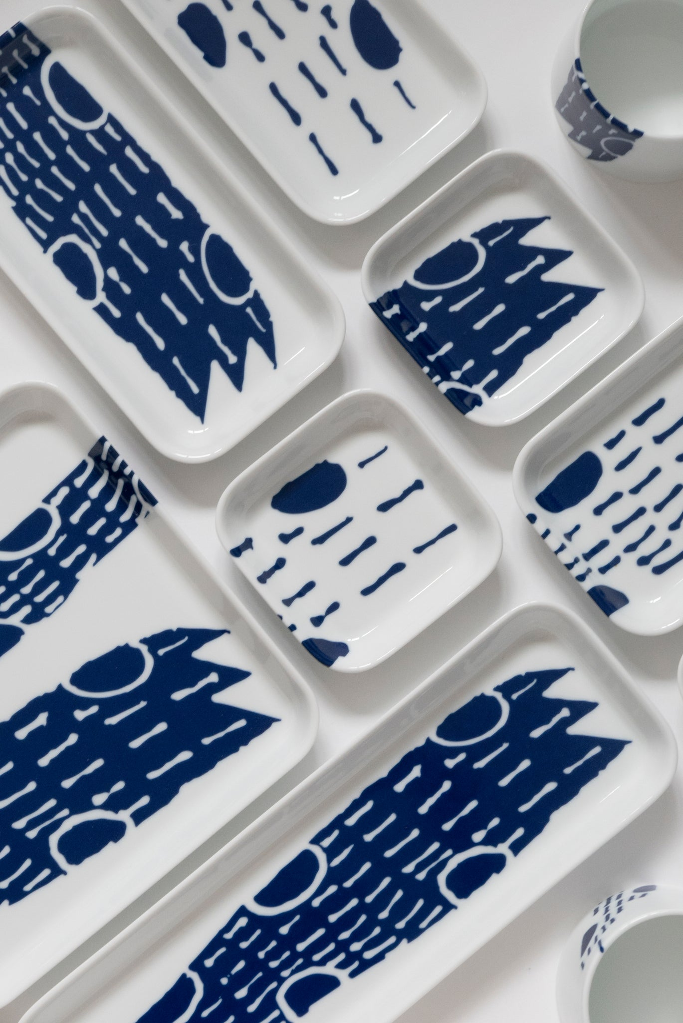 (PREORDER) Singapore Blue | Supermama and TOUCH SpecialCrafts 21cm Square Blue Tray