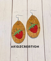ith strawberry earrings, ith earrings, in the hoop machine embroidery, strawberry embroidery design