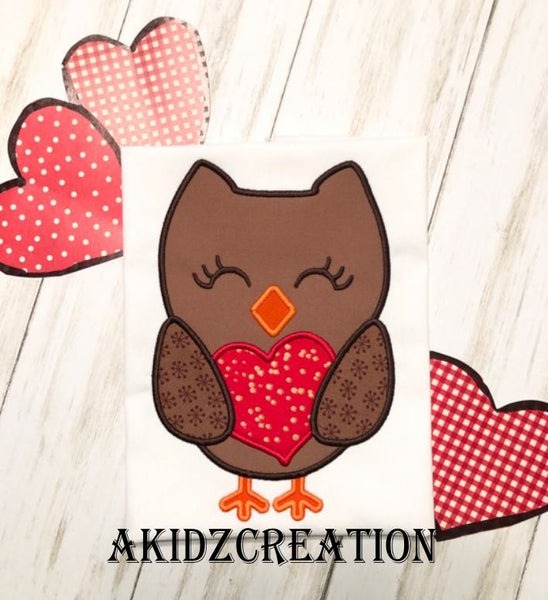 valentine owl embroidery design, owl embroidery design, owl applique, applique, valentine embroidery design, akidzcreation, owl holding a heart embroidery design, heart embroidery design, heart applique