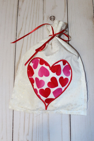 in the hoop bag embroidery design, valentines bag embroidery design, in the hoop bag design