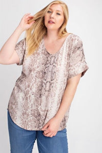 Posen Top {regular ad curvy sizes}