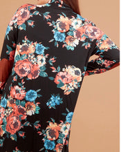 Load image into Gallery viewer, Onaway Curvy Floral Cardigan