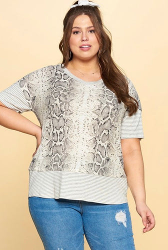 Take it Easy Curvy Top