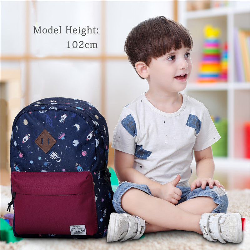 VASCHY Preschool Backpack for Kindergarten Little Boys with Chest Strap Cute Astronaut